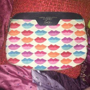Lipstick Makeup Bag Estée Lauder Lips Kiss